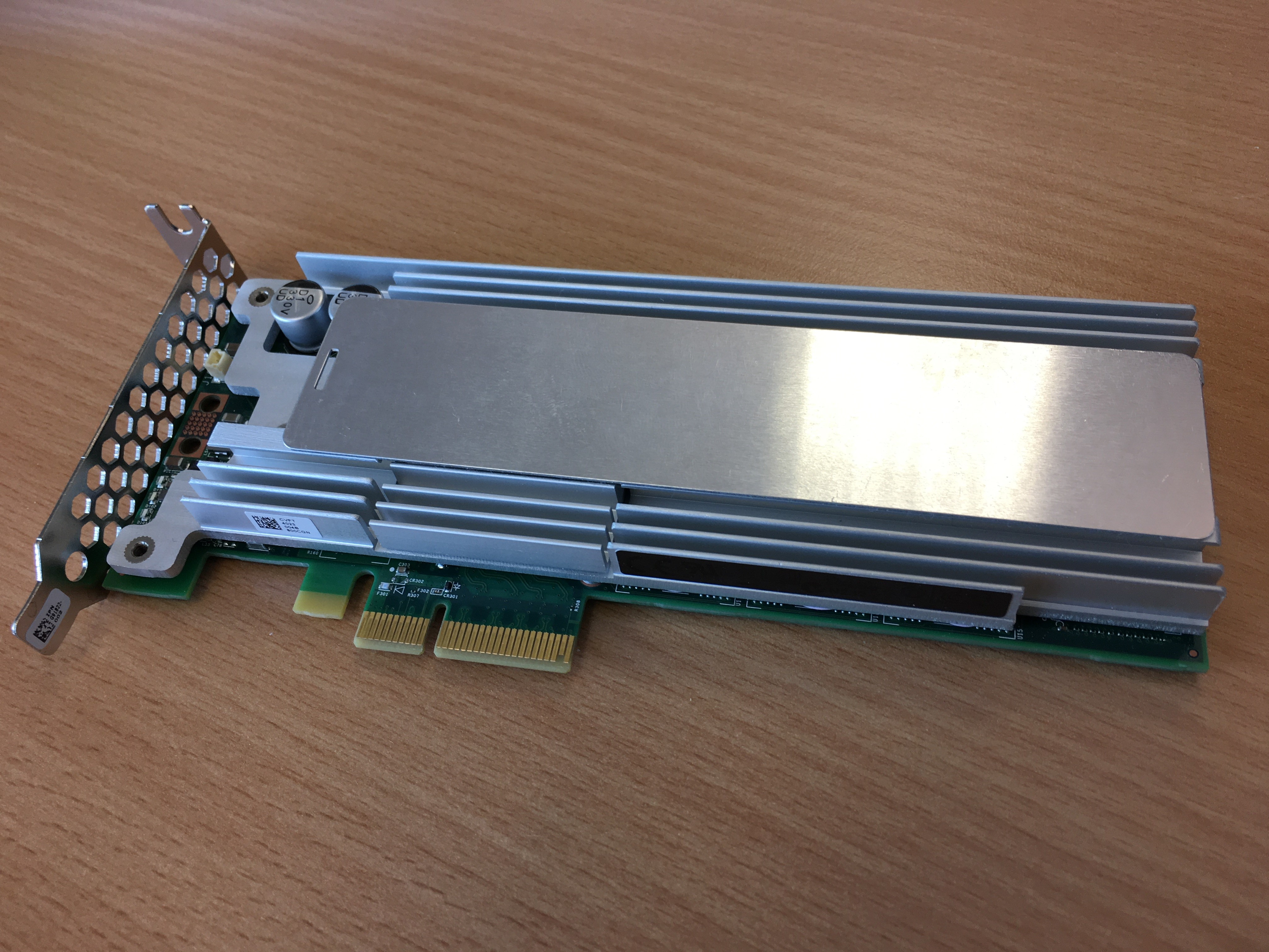 Fig1. Intel P3700 PCI-Express x4 NVMe device